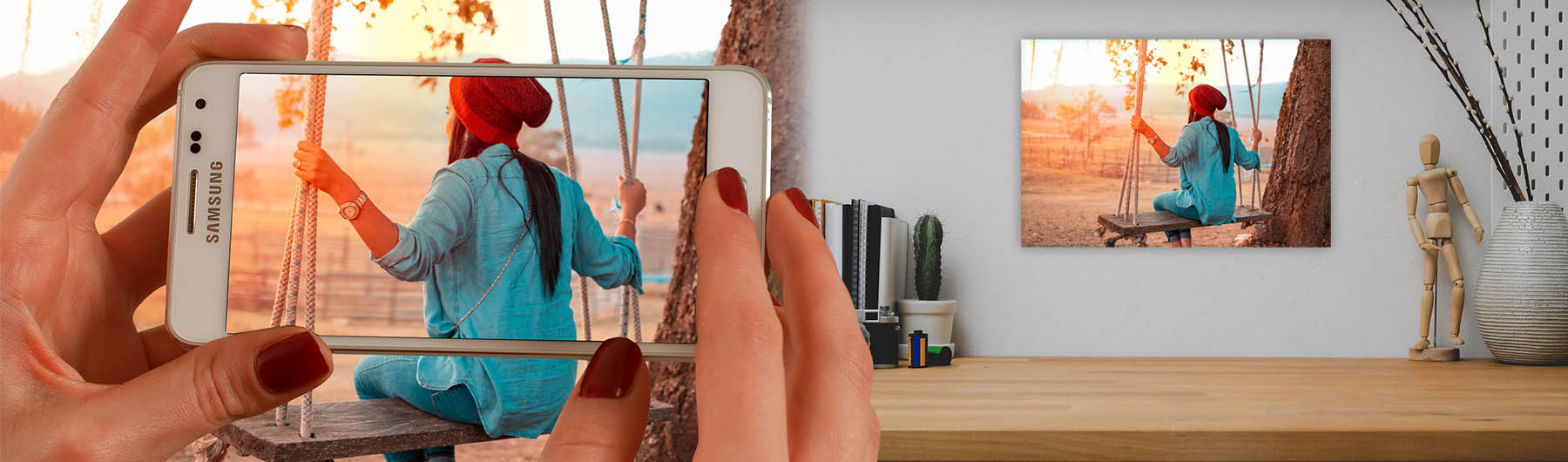 From your Smartphone to the wall on glass.